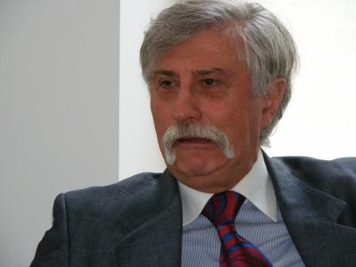 (w400) Florian Ru