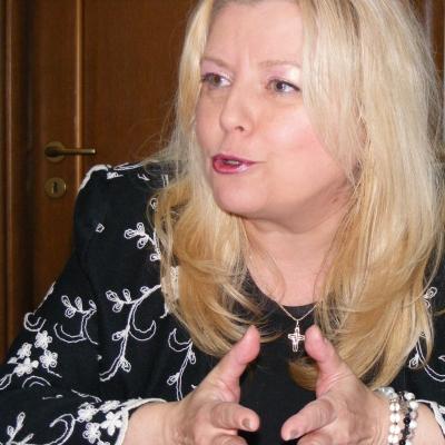 (w400) Ruxandra L