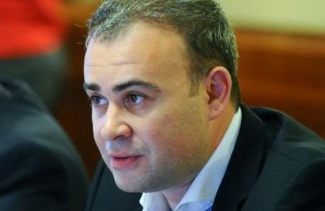 Învestitura ministrului delegat pentru Buget, Darius Vâlcov, a fost reprogramată joi, la ora 11.00