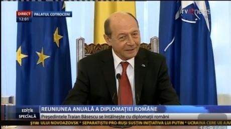 Traian Băsescu: Voi susţine ideea ca ţările membre NATO să treacă la sprijinirea armatei ucrainene