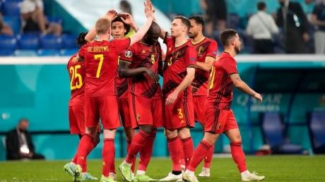 EURO 2020: Belgia a încheiat grupa cu un succes cu 2-0 împotriva Finlandei. Danemarca s-a calificat în optimi, după 4-1 cu Rusia