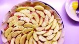 Plăcintă englezească cu mere și cârnați