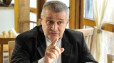Dinescu, Leşe şi şalăul, la Politică şi delicateţuri