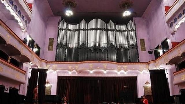 Orga din Palatul Culturii de la Târgu-Mureş