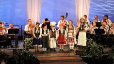 Concert de pricesne de la Oradea, difuzat de TVR 1