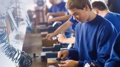 Despre reînființarea școlilor profesional la