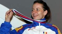 Luptătoarea Ana Maria Pavăl îşi aduce medaliile în studioul TVR Cluj