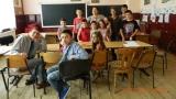 Despre drama copiilor părăsiţi de părinţii migranţi, duminică la TVR i