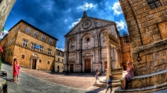 Despre Pienza, miracolul Renaşterii italiene, sâmbătă la Teleenciclopedia