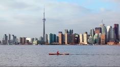 """Miercuri facem un popas în Greater Toronto, la """"Lumea şi noi"""""""