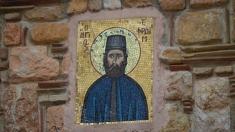 Pe urmele Sfântului Efrem cel Nou, la Universul credinţei