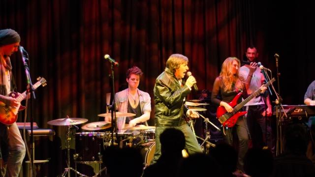 Ricky Dandel şi trupa lui Elvin