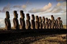 Civilizația Rapa Nui şi caii beduinilor, la Teleenciclopedia