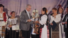 """Festivalul """"Mariana Draghicescu"""": invitat special Ansamblul Bârzava din Reşiţa"""