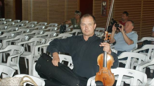 (w640) Mihai Morn