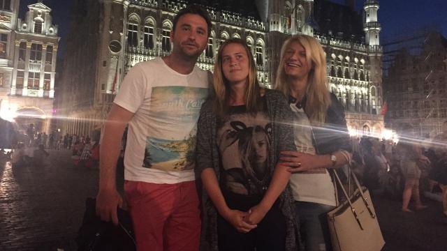 Alexandru Măgeruşan cu eleva Adriana şi soţia sa