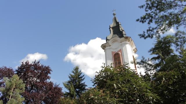 (w640) Biserica d