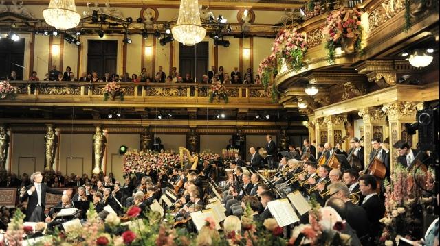 (w640) Concert an