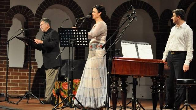 Dan Nuţu, Oana Cătălina Chiţu, Valeriu Caşcaval
