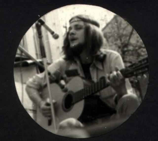 (w640) Hippie