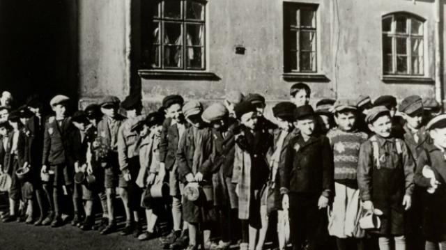 Copii la Auschwitz - Holocaust