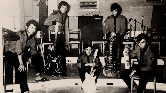 Roșu și Negru la mare, 1968