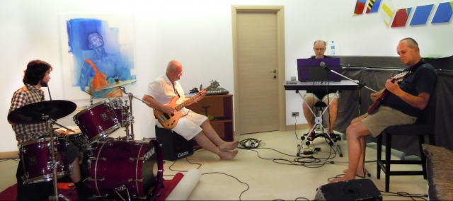 Experimental Q în 2010