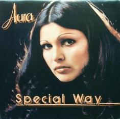 (w235) Aura Urzic
