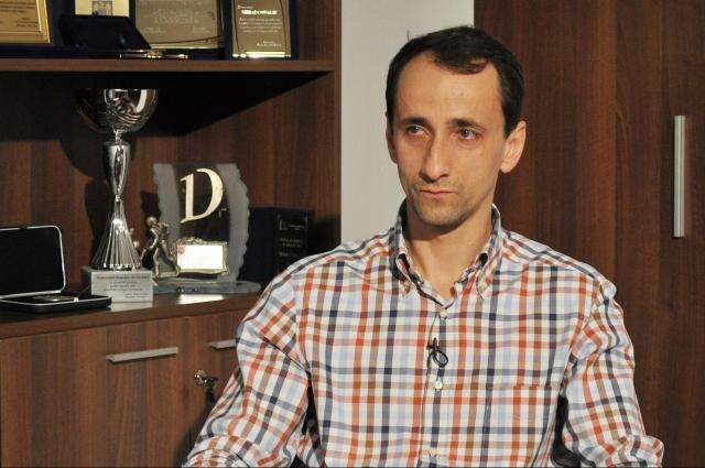 (w640) Mihai Cova