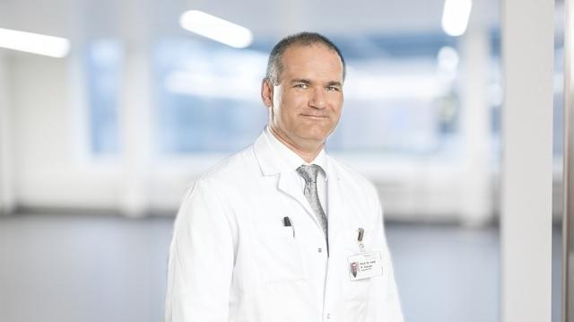 Radu Ţuţuianu - medic Elveţia