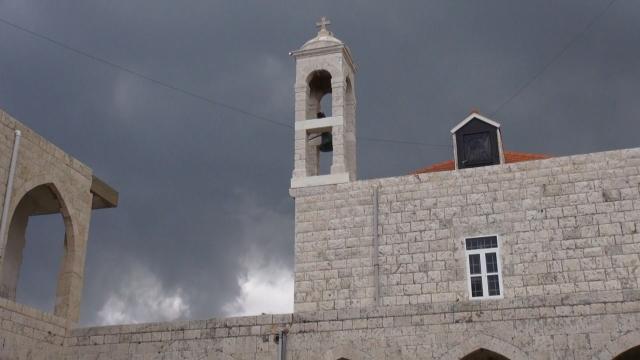 Cap Compas Valea Qadisha