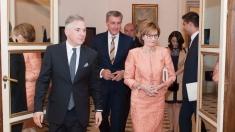 """Familia Regală a României la Buckingham, în """"Ora Regelui"""""""