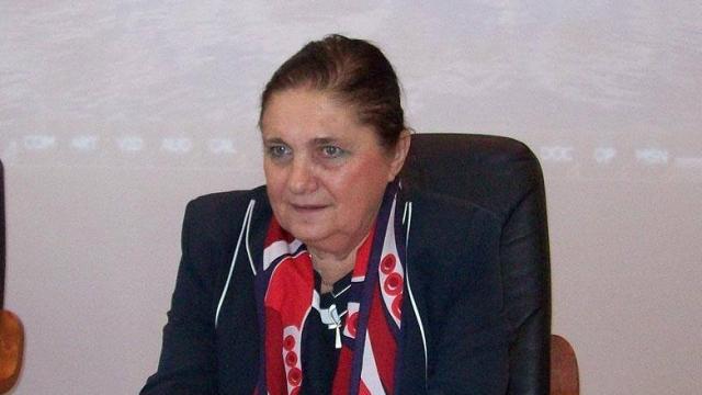 La mulţi ani, Lucia Hossu-Longin!