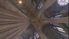 Civilizaţii antice şi catedrale gotice, între filele Teleenciclopediei