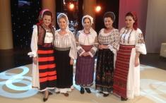 """Cântec, joc şi sărbătoare la """"Popasuri folclorice"""""""