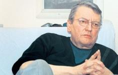 """Teatru tv: """"Caligula"""" de Albert Camus, la TVR 2, TVRi şi TVR MOLDOVA"""