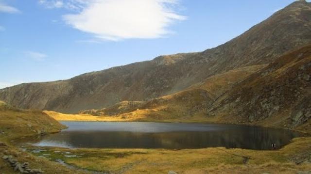 (w640) Lacul Galb