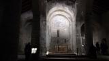 Cap compas, interior Biserica