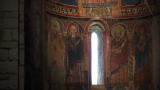Cap compas, picturi biserica
