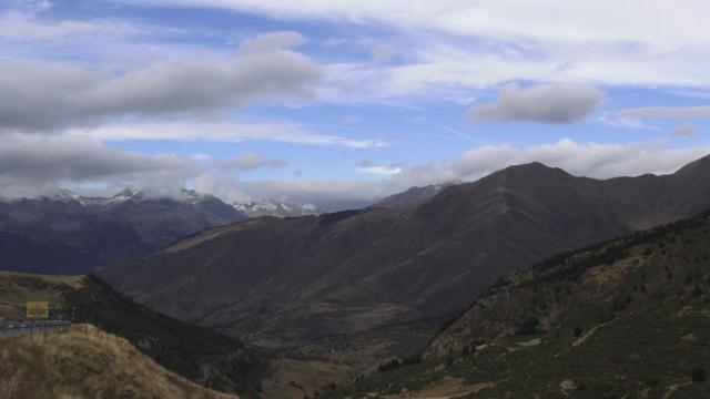 Cap compas, Pirinei