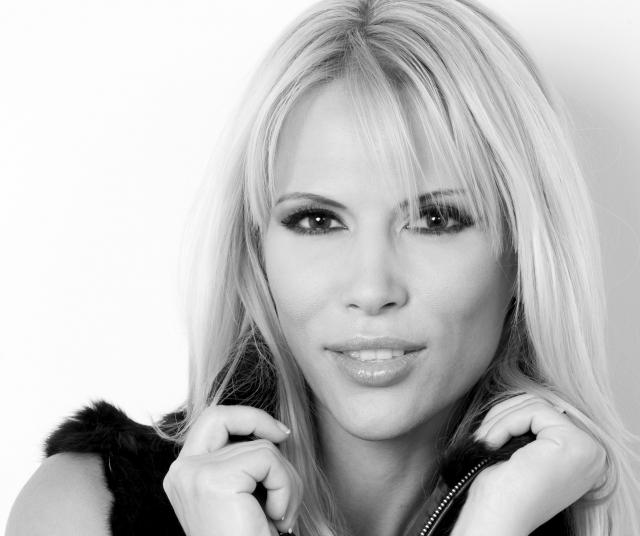 Cristina Soloc, Drum bun