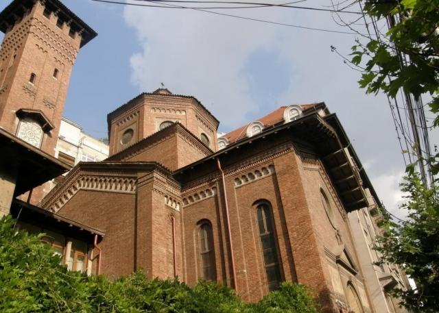 Biserica iataliana