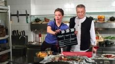 De pe podiumul de la Berlin, în bucătăria lui Dinescu