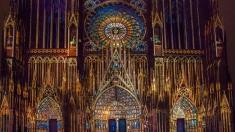 Teleenciclopedia: Din catedralele Franţei în ţinutul tuaregilor