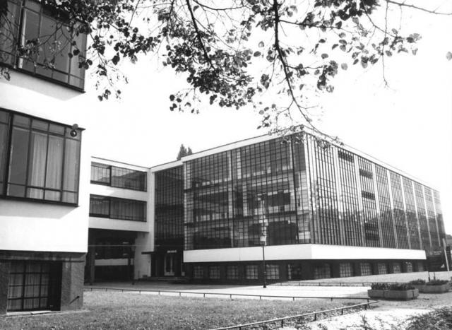 (w640) Bauhaus