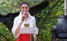 """Iuliana Tudor prezintă """"Muzici şi Tradiţii în Cişmigiu"""", la TVR 1"""