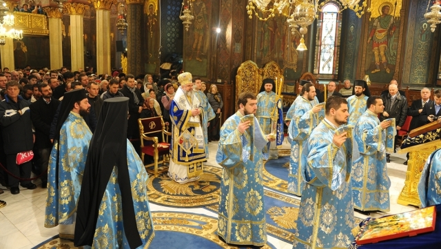 (w640) liturghie