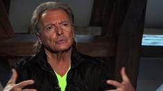 Armand Assante la TVR 1: despre Emil Cioran, Stalone sau Danny DeVito