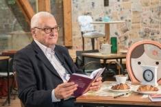 """Medicul şi scriitorul Ion Vianu, invitat la """"Mic Dejun cu un Campion"""""""