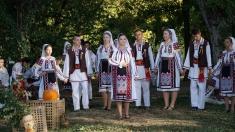 """Sărbătoarea toamnei, la """"Popasuri folclorice"""""""